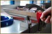 Afiador de facas manual de bancada